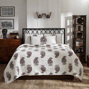Rajasthan Paisley Quilt, White Ruched Background with Burgundy Paisley Icons on the face