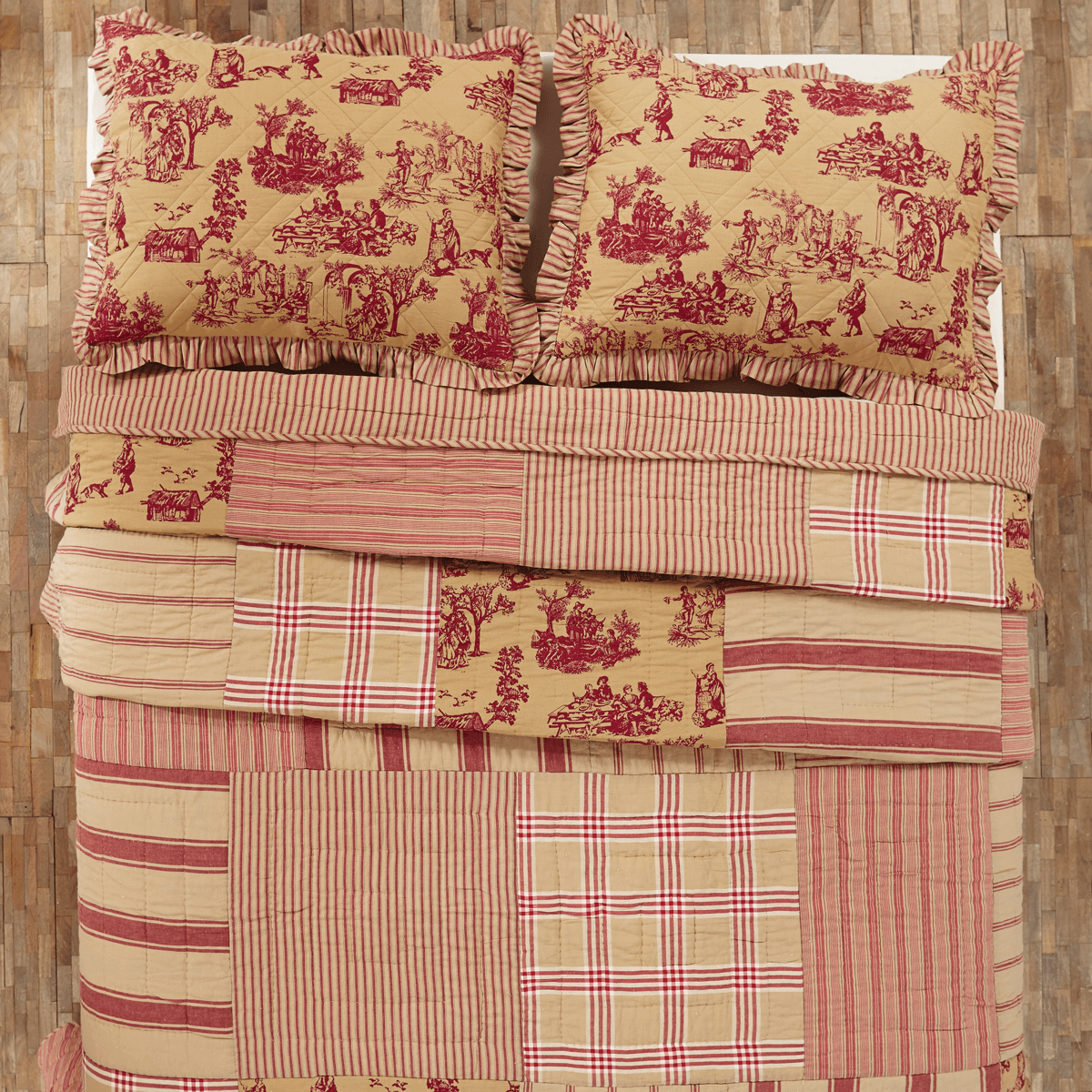 Elaine Rouge King Patchwork Toile Quilt Teton Timberline