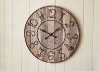 Pieced Key Numbers Wood Wall Clock