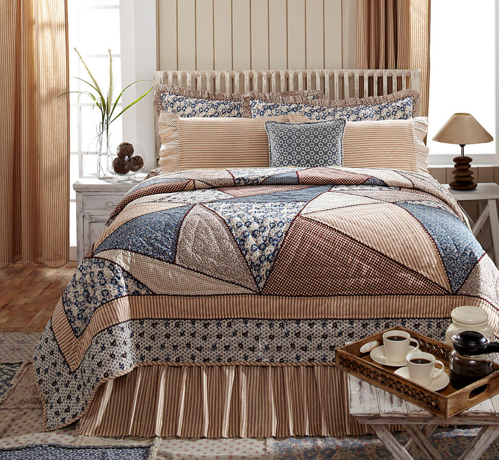 Laketime Cottage Blues Luxury King Quilt Teton