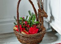Natural Vine Reindeer Basket