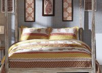 Calypso Coral Quilt Collection
