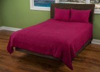 Morrocan Fling Raspberry Quilt Set