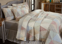 Ava Luxury King Quilt Set