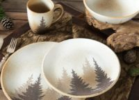 Shadow Pines Dinnerware