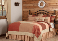 Rory Schoolhouse Red Queen Quilt Set