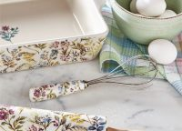 Wildflower Meadow Ceramic Collection