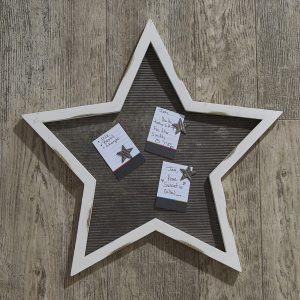 Distressed White Star Memo Board